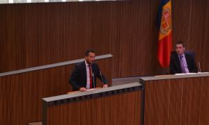 López alerta de nous retards del Govern en compromisos socials