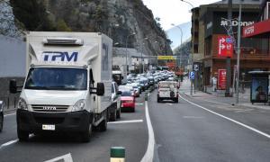 L'entrada de vehicles puja un 4,1% durant el mes d'octubre