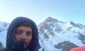 Domi Trastoy no atacarà el cim del K2 per una allau