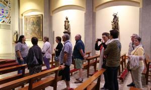 Centenars de turistes visiten cada dia la ronda laurediana des de l'abril
