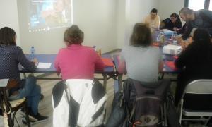 Els tècnics comunals debaten sobre les parròquies amigues de la infància en una sessió de treball amb Unicef