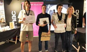 Carlos Carneros i Arnau Ferrer guanyen el 2n Torneig de cub de Rubik