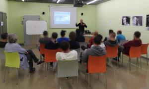 Una vintena d'interns s'apropen a la història d'Andorra de la mà d'Albert Villaró