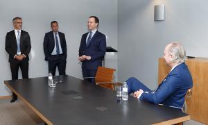 D'esquerra a dreta, el director general de Finances, Cándido Romero; el director de l'àrea de Negoci, Sergi Pallerola; el conseller delegat, Michael Christner, i el fins ara vicepresident del consell d'administració, Christoph Lieber.