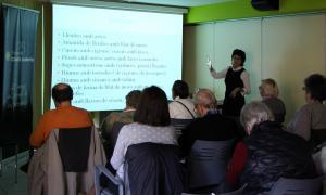 Un moment del taller sobre llegums que ha ofert Imma Mañà a L'espai.