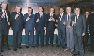 Un moment de l'acte institucional per formalitzar la creació de FEDA, l'any 1988