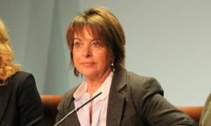 Maria Geli durant una roda de premsa.