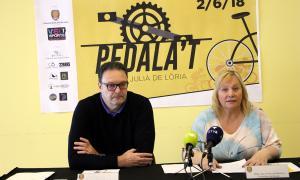 El conseller de Turisme, Pere Pràxedes, i la consellera de Social, Francesca Barbero.