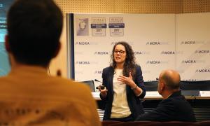 La cofundadora de Ship2b, Maite Fibla, durant la darrera sessió informativa.