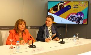 Els cònsols d'Andorra la Vella, Conxita Marsol i Marc Pons, han presentat la Festa del Poble a la nova sala de premsa del comú.