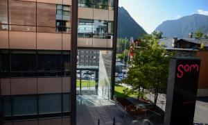 L'edifici d'Andorra Telecom a Santa Coloma.