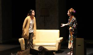 Gloaria Sirvent i Maria Lanau en un moment de l'obra.