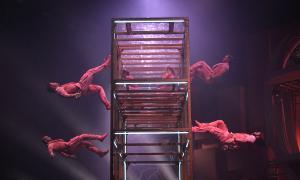 Un dels números del nou espectacle del Cirque du Soleil.