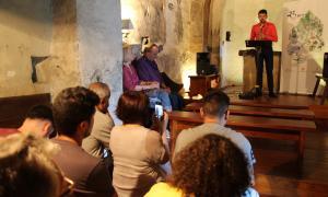 Un moment de concert 'Saxo a solo' de Guillem Tudó a l'església de Sant Serni de Nagol.