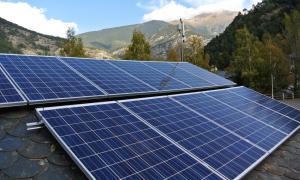 Una instal·lació de plaques fotovoltaiques.