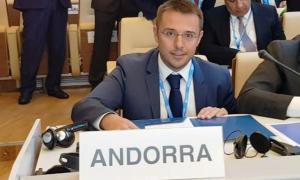 Joan León en la sessió plenària del comitè a Roma.