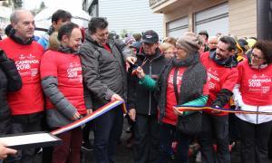 L'acte de tret de sortida de la 5a edició de la Caminada contra el càncer amb el president d'Assandca, Josep Saravia; el ministre d'Afers Exteriors, Justícia i Interior, Xavier Espot; i el ministre de Salut, Carles Álvarez.