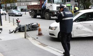 L'estat en què han quedat els dos vehicles implicats en l'accident.
