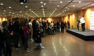 Un moment de l'acte d'agraïment als voluntaris dels Jocs Special Olympics.