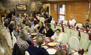 Un moment del dinar de Nadal de l'Associació de la Gent Gran d'Encamp celebrat aquest dimarts.