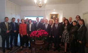 Ubach amb els ambaixadors acreditats de la UE, a Madrid.