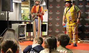 El lliurament de premis del concurs de dibuix ha anat acompanyat d'un espectacle per als infants.