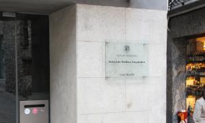 Façana del Servei de Política Lingüística del Govern d'Andorra.