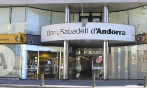 La façana del Banc Sabadell d'Andorra.