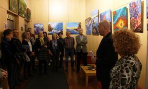 Inauguració de l'exposició 'Retrats de paisatges i natures' de l'artista Lluïsa Casas al Bingo Stars.