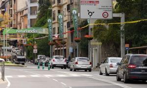 Retencions de vehicles a l'entrada de Sant Julià de Lòria.