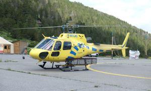 Un helicòpter dels bombers.