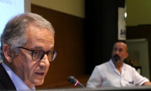 El renovat director general del SAAS, Josep Maria Piqué, i l'ara ministre de Salut, Joan Martínez Benazet, durant un acte conjunt