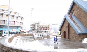 Una imatge d'arxiu de la plaça de l'església del Pas de la Casa.