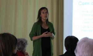 La dietista Marta Pons, en el marc d'una xerrada anterior a L'espai.