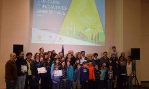 Els premiats en el Concurs d'iniciatives ambientals.