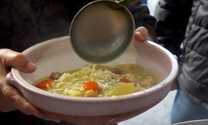 Un plat d'escudella.