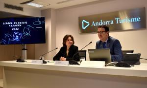 La ministra de Turisme, Verònica Canals, i el director general d'Andorra Turisme, Betim Budzaku, durant la roda de premsa.