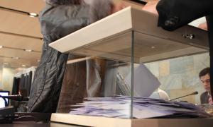 Una urna de votació a Ordino.
