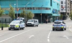 La policia al lloc de l'atropellament.