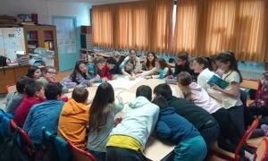 Una de les accions dutes a terme per l'IEA a les escoles.