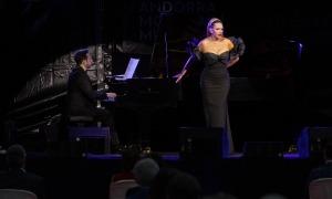 La soprano Ainhoa Arteta durant el concert.