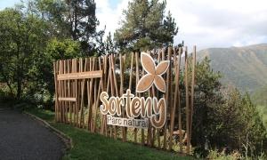 Entrada al parc natural de Sorteny, un dels punts més concorreguts de la parròquia durant l'estiu.