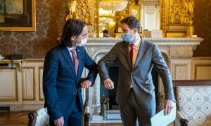 El secretari d'Estat d'Afers Europeus, Landry Riba, a París amb el seu homòleg francès Clément Beaune.