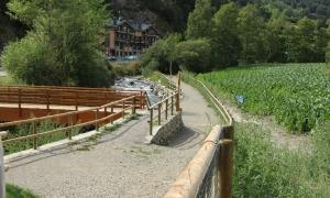 Un tram del Camí ral entre Sornàs i Ansalonga.