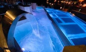 La nova piscina panoràmica.
