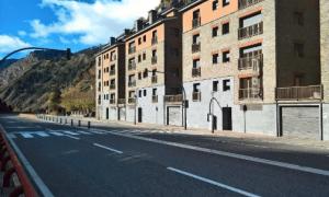 La carretera general 2, a l'altura de Canillo.