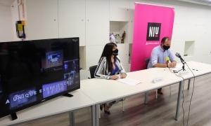 El responsable i la coordinadora del Niu, Miquel Gouarré i Marta Ambor, durant la roda de premsa.