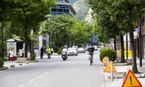 El carrer Prat de la Creu de la capital.
