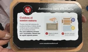 La safata reciclable de la Carn d'Andorra.