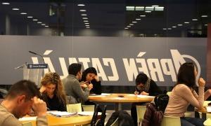 Estudiants al Centre d'autoaprenentatge del català d'Escaldes-Engordany en una edició anterior.